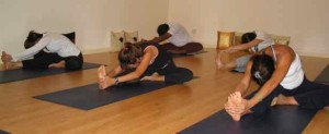 about-yoga-class_group